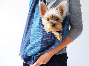 牧之原産織物/日本製  ジャポニズム 先染め織物 刺し子 切り替えドッグスリング 小型犬用